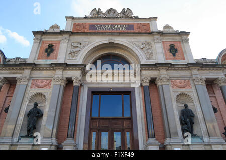 NY Carlsberg Glyptotek art museum facade in Copenhagen, Denmark, Europe - Stock Photo
