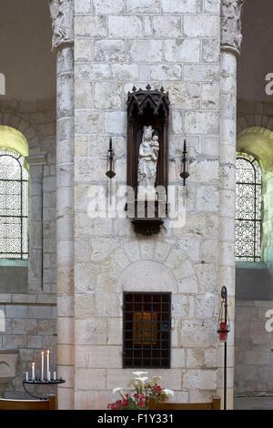 France, Loiret, Saint Benoit sur Loire, Fleury Abbey, Statue of Our Lady of Fleury - Stock Photo