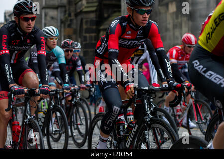 Edinburgh, Scotland, UK. 9th September, 2015. Stage four of the Aviva Tour of Britain passes through Edinburgh racing - Stock Photo