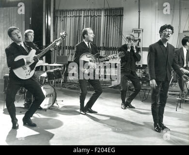 FREDDIE AND THE DREAMERS  UK pop group on Ready,Steady,Go in 1963. Photo Tony Gale - Stock Photo