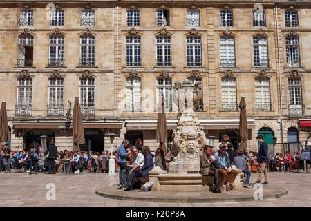 France, Gironde, Bordeaux, area listed as World Heritage by UNESCO, Place du Parlement - Stock Photo