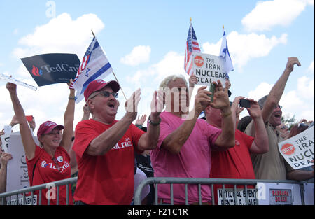 Washington, DC, USA. 9th Sep, 2015. Participants of 'Stop the Iran Deal' rally shout slogan in front of Capitol - Stock Photo