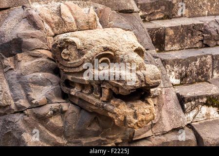 Templo de la serpiente emplumada Teotihuacan archaeological site Unesco World Heritage Site Mexico North America - Stock Photo