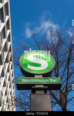 S-Bahn Station Brandenburger Tor in Berlin