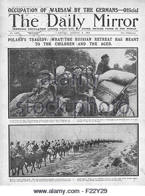 1915 front page Daily Mirror German Army capture Warsaw, Polish refugees and retreating Russian forces - Stock Photo