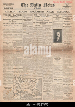 1915 front page Daily News British and French troops outside Salonika - Stock Photo