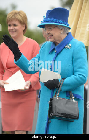 Queen Elizabeth II, Her Majesty The Queen with Scotland's First minister Nicola Sturgeon. - Stock Photo