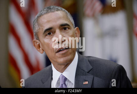 Washington DC, USA. 10th September, 2015. United States President Barack Obama meets with a small group of veterans - Stock Photo
