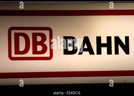 Markenname: 'DB Bahn', Dezember 2013, Berlin. - Stock Photo