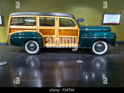 1947 Ford Super Deluxe Woodie Station Wagon, on display at the American Car Museum, Tacoma, Washington. 9 May, 2015. - Stock Photo