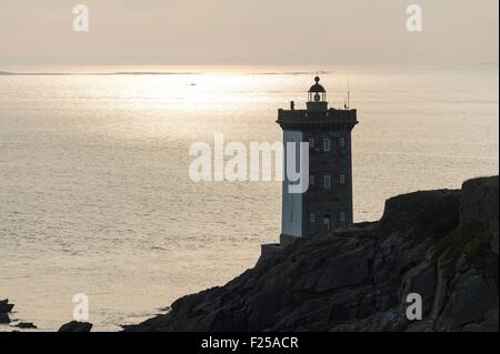 France, Finistere, Le Conquet, peninsula of Kermorvan with lighthouse - Stock Photo