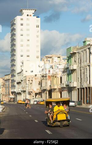 Cuba, Ciudad de la Habana province, La Havana, coco tax on the Malecon - Stock Photo