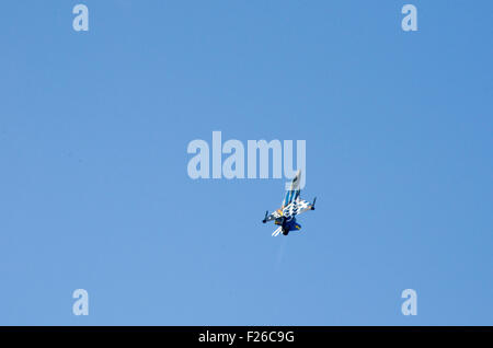 Athens, Greece. 12th Sep, 2015. A HAF F-16 Block52 part of 'Zeus' Demo team performs during the first day of Athens - Stock Photo