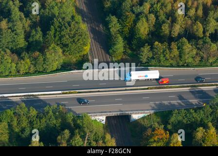 France, Bas Rhin (67), Vendenheim, motorway A4 passing over railway (aerial view)  // Bas Rhin (67), Vendenheim, - Stock Photo