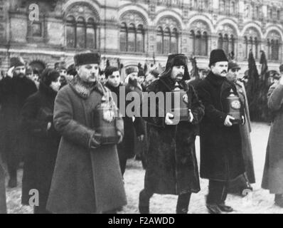 K.E. Voroshilov, Joseph Stalin, V.M. Molotov at funeral for Soviet stratosphere martyrs. On Jan 30, 1934, Osoaviakhim - Stock Photo