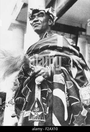 Sir Osei Agyeman, Premph II, an Ashante chief, helped build the British West Africa militia. Jan. 5, 1943. During - Stock Photo
