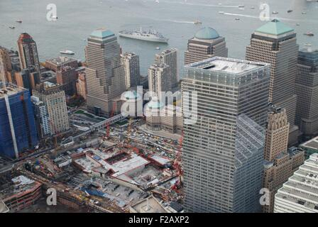 World Trade Center Ground Zero site under reconstruction, Nov. 2, 2009. In right foreground is the new WTC 7. In - Stock Photo