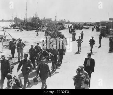 German prisoners, were captured on seacoast town in Italy, on their way to a POW stockade. Photo was made when Navy - Stock Photo