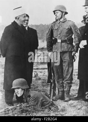 Grand Mufti of Jerusalem, Haj Amin El Husseini, with troops of Nazi SS Death's Head Regiment. The event occurred - Stock Photo