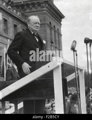 Winston Churchill at Blenheim Palace speaking to a crowd of 60,000. The former Prime Minister decried the Labour - Stock Photo