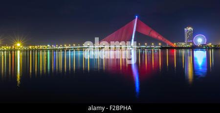 Tran Thi Ly bridge, Da Nang nightlife - Stock Photo