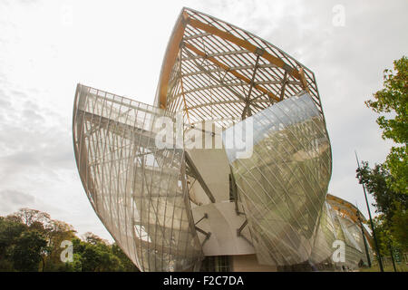 PARIS - AUGUST 29: View of the Foundation Louis Vuitton in Paris, France on 29 August 2015 - Stock Photo