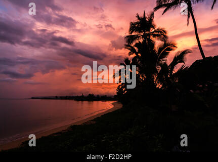 Sunrise over the Ocean, north shore Oahu Hawaii - Stock Photo