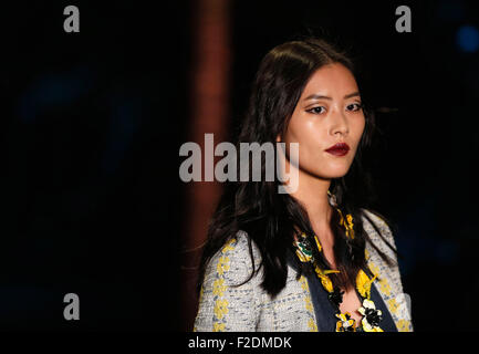 New York, USA. 16th Sep, 2015. Chinese model Liu Wen displays a creation of Anna Sui Spring/Summer 2016 collection - Stock Photo