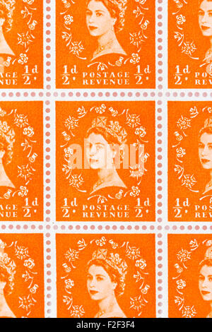 Sheet of 1950's British Royal Mail ½d orange postage stamps from the Wildings definitive issue with portrait of - Stock Photo