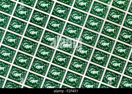 Sheet of British postage stamps, Wildings definitive issue, 1½d, one and half pence green 1950's and 1960's - Stock Photo