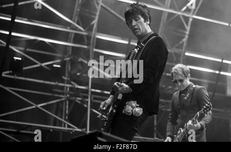 Johnny Marr playing live at Victorious Festival, Southsea, UK, 2015. - Stock Photo