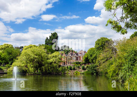 The lake and mansion house at Bletchley Park, Buckinghamshire, England, UK - Stock Photo