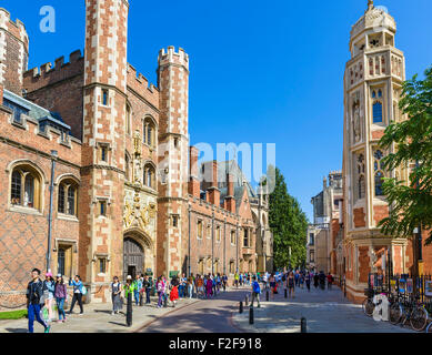 St Johns Street outside St John's College, Cambridge University, Cambridge, Cambridgeshire, England, UK - Stock Photo
