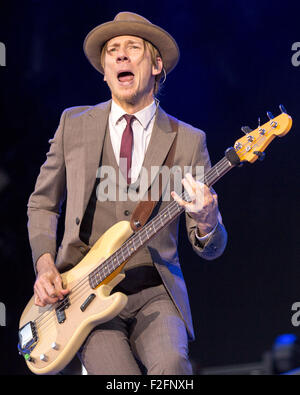 Chicago Illinois Usa 15th Sep 2015 Guitarist Angus Young Of Stock Photo Royalty Free Image