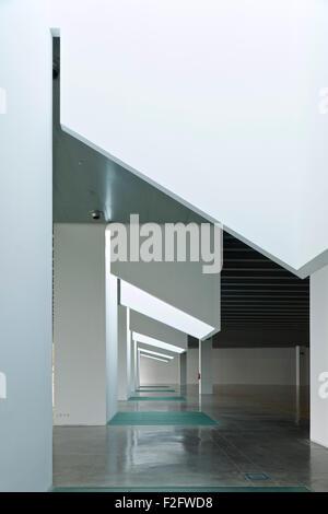 ... Detail Of Skylight Columns In Ground Floor Gallery. Museu Del Disseny  De Barcelona, Barcelona