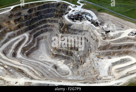 Quarry At Trefor Stock Photo 123804398 Alamy
