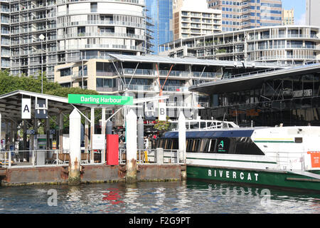 A River Cat ferry moored next to the Darling Harbour ferry wharf in Sydney, Australia. - Stock Photo