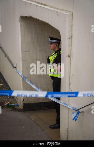 Edinburgh, Scotland, UK. 20th September, 2015. The underpass on the A71 near Sighthill Court is cordoned off by - Stock Photo
