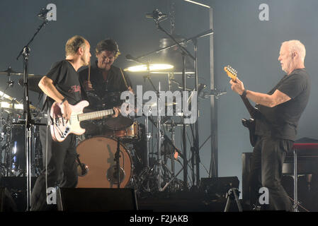 Oberhausen, Germany. 19th Sep, 2015. British musician David Gilmour (R) performs on stage during his concert in - Stock Photo