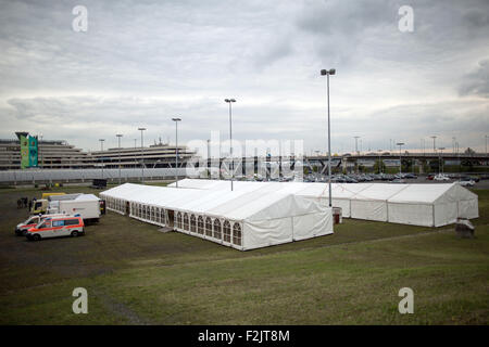 Cologne, Germany. 20th Sep, 2015. Tents have been set up next to the airport in Cologne, Germany, 20 September 2015. - Stock Photo