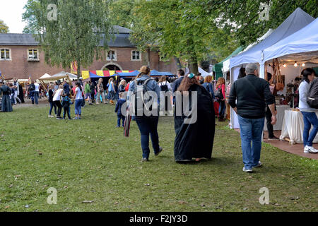 Brussels, Belgium. 20th Sep, 2015. Medieval market in Abbey of Forest or Abbaye de Foret held during yearly Sunday - Stock Photo