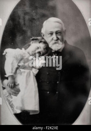 Former President Benjamin Harrison with his daughter, Elizabeth Harrison, circa 1900 - Stock Photo