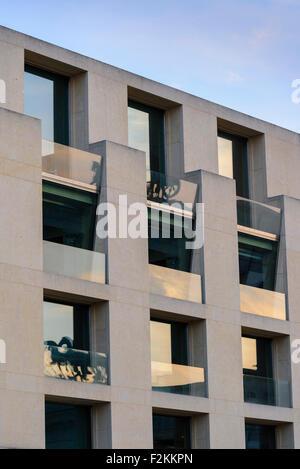 germany berlin pariser platz dg bank head office large. Black Bedroom Furniture Sets. Home Design Ideas