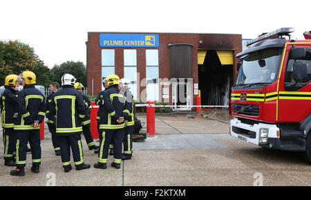 Portsmouth, Hampshire, UK. 21st September, 2015. A Fire has caused major damage to a plumbing supplies store in - Stock Photo