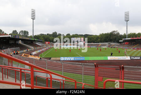 Oberhausen, Germany. 19th September, 2015. Regionalliga West. Stadion Niederrhein. Rot Weiß Oberhausen v SC Wiedenbrück. - Stock Photo