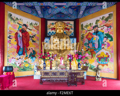 Statue of Caishen, the Chinese God of Wealth, Kui Xing Luo Temple, Liaoyuan, Jilin, China - Stock Photo