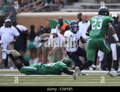Denton, TX, USA. 19th Sep, 2015. September 19, 2015: Rice Owls running back Austin Walter #27 during the NCAA football - Stock Photo