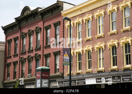 A charming small-town atmosphere pervades in the streets of Montpelier, Vermont, USA - Stock Photo