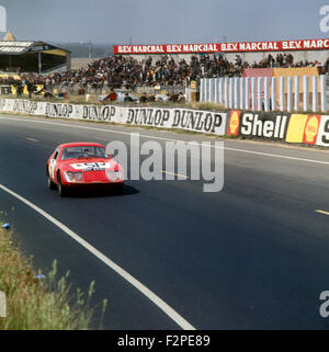 Clive Baker, Andrew Hedges Austin Healey Sprite racing at Le Mans 11 June 1967 - Stock Photo