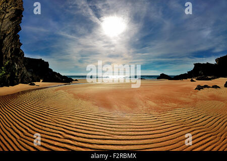 Portugal, Alentejo: Paradise beach at low tide in Porto Covo - Stock Photo